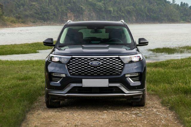 2023-Ford-Explorer-front.jpg