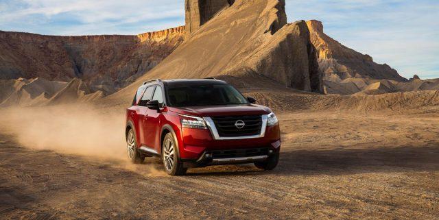 2023-Nissan-Pathfinder-front.jpg